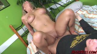 MILF Kayla does anal sex with a stallion